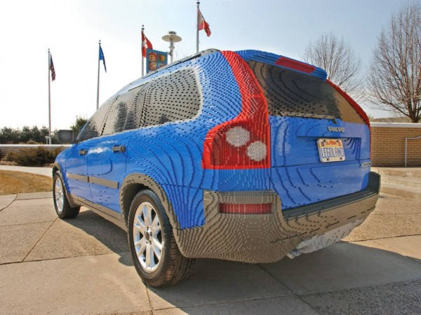 2004 Volvo XC90 Made of Legos