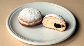 "John F. Kennedy's Statement ""Ich Bin Ein Berliner"" was Not Interpreted as ""I am a Jelly-Filled Doughnut"""