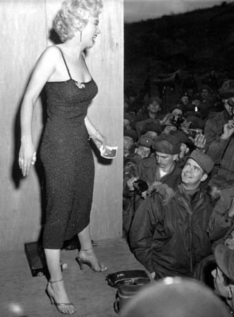6a18f366245 Marilyn Monroe was Not Even Close to a Size 12-16