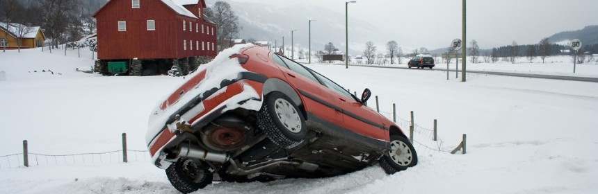 winter-car-accident