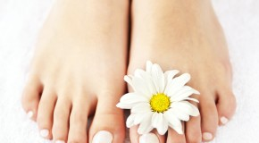 Why Toenails Turn Yellow