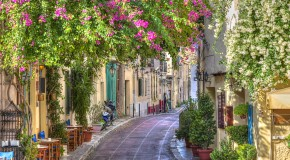 Plaka – The Neighborhood of the Gods