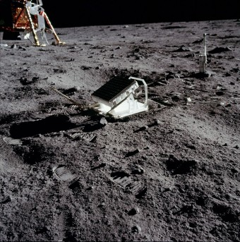 Lunar_Laser_Ranging_Experiment