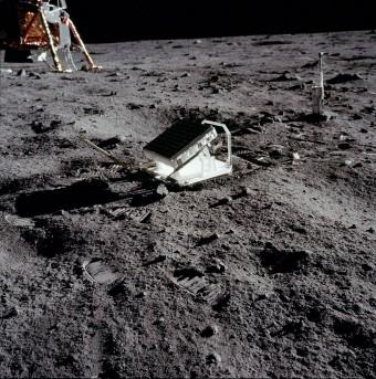 Lunar_Laser_Ranging_Experiment