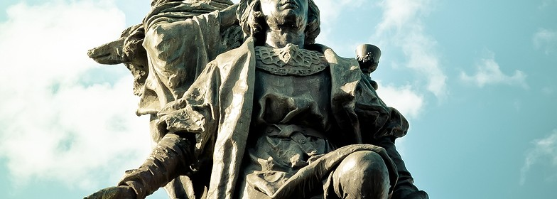 Christopher-Columbus-Statue-In-Spain