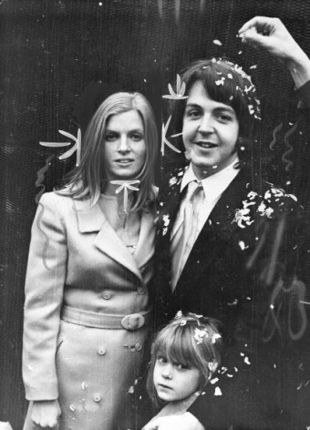 Beatle Paul McCartney weds Linda Eastman at Marylebone Register Office.
