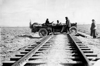 great_race-railroad