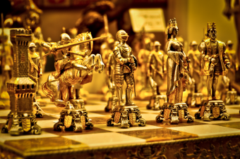 Golden-Chess-Figures