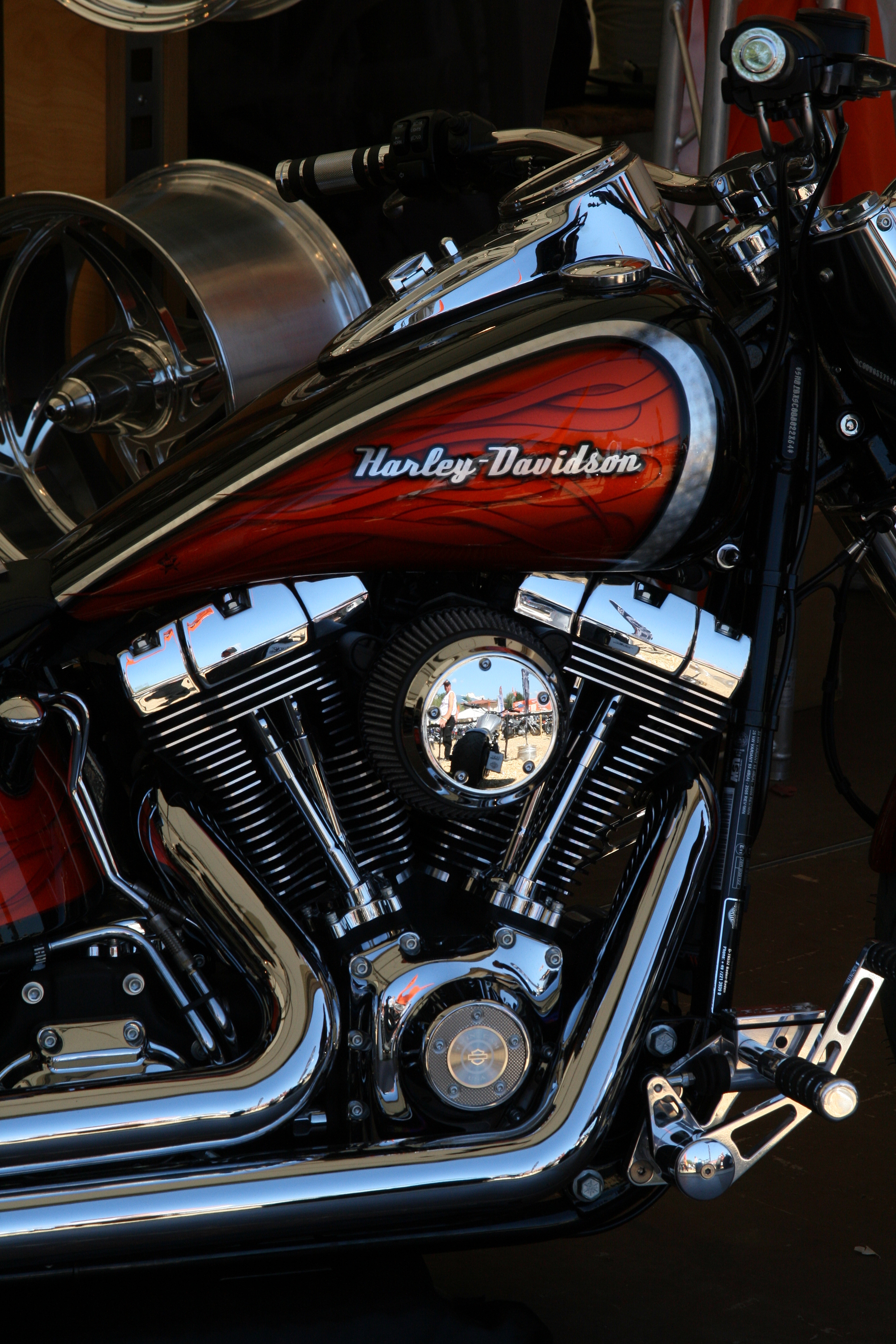 why are harley davidson motorcycles so loud. Black Bedroom Furniture Sets. Home Design Ideas