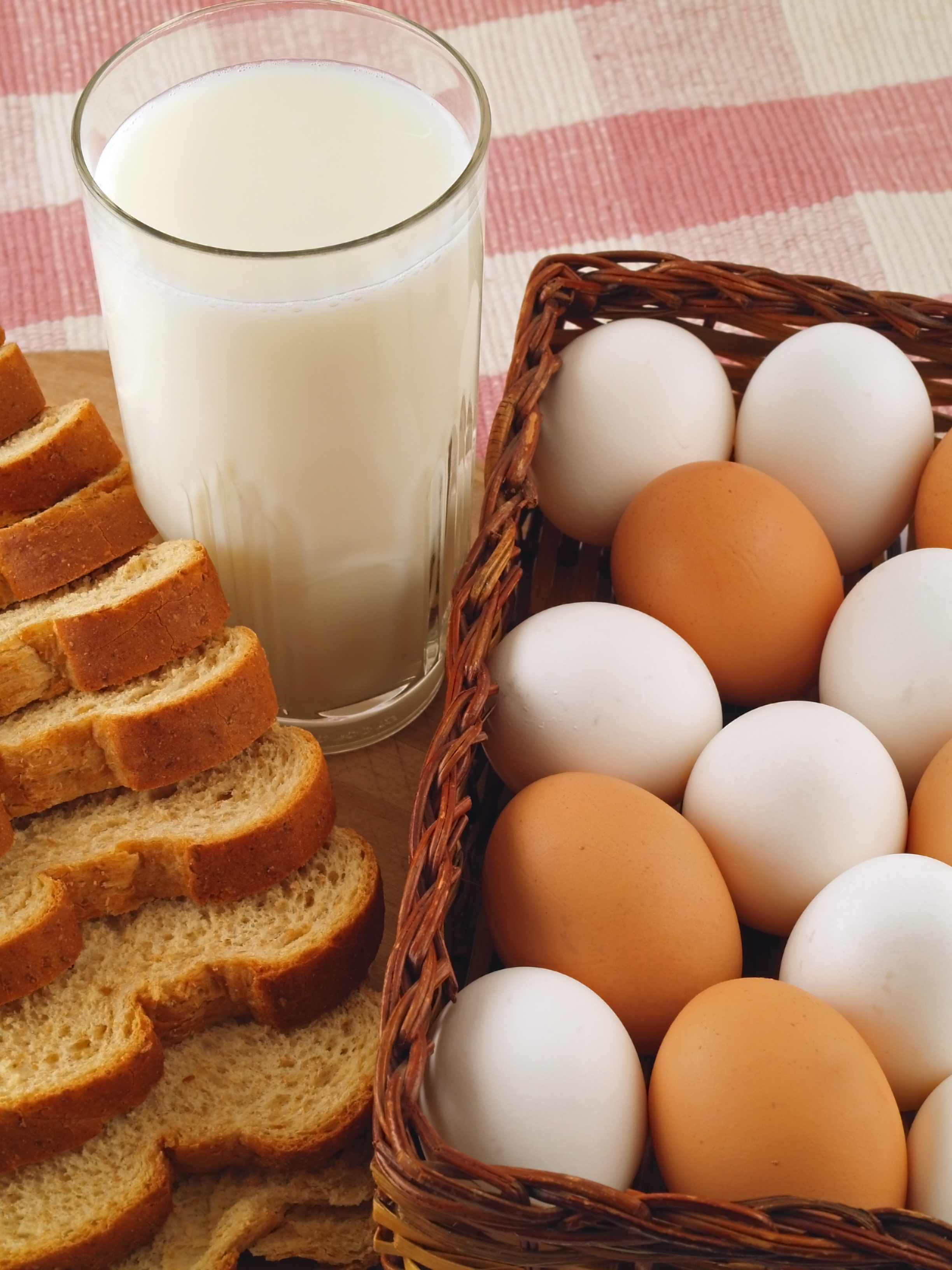 Why Do Americans Refrigerate Their Eggs And Most Other