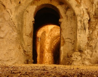 Hellfire_Caves_tunnel