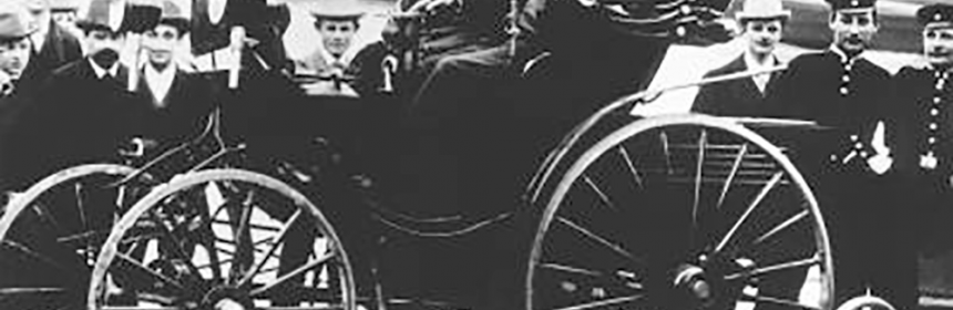 Bertha_and_Carl_Benz