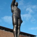 olympic-salute-statue-340x604