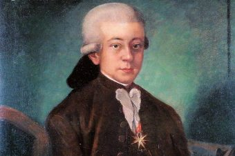 Mozart in 1777 with his papal insignia
