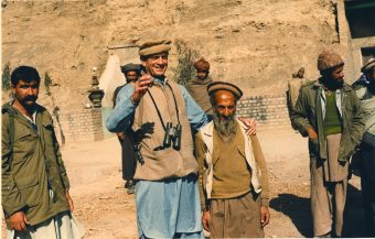 Charlie_Wilson_with_Afghan_man