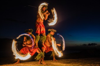 hawaii-fire-dancers