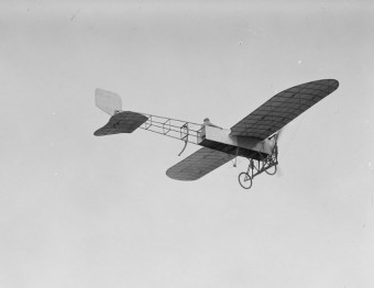 Quimby's plane shortly before it pitched, plunging her to her death.