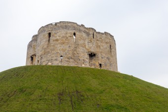 cliffords-tower