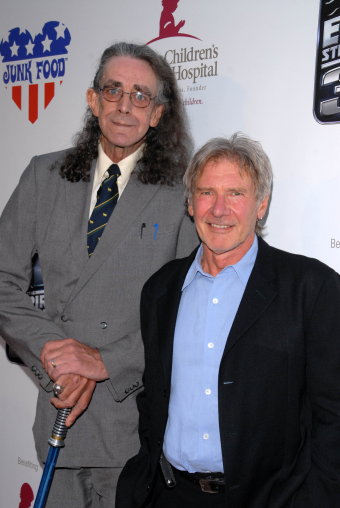 Peter-Mayhew-and-Harrison-Ford
