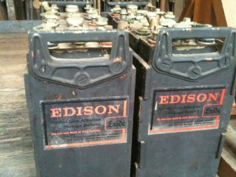 Thomas_Edison's_nickel–iron_batteries
